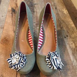 Gianni Bini Women's Shoe
